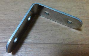 クランプ コーナー コーナークランプの使い方、木材の直角固定にDIYで便利なアイテム